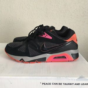 Nike air structure Triax